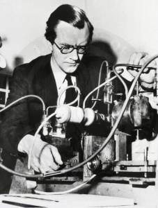 Maurice Hugh Frederick Wilkins  Fisiologista